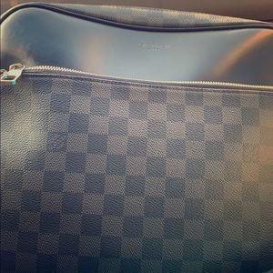 Louis Vuitton Damier Reporter Bag